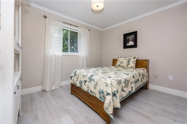 Detached at 1095 Westmount Ave, Innisfil, Ontario. Image 19