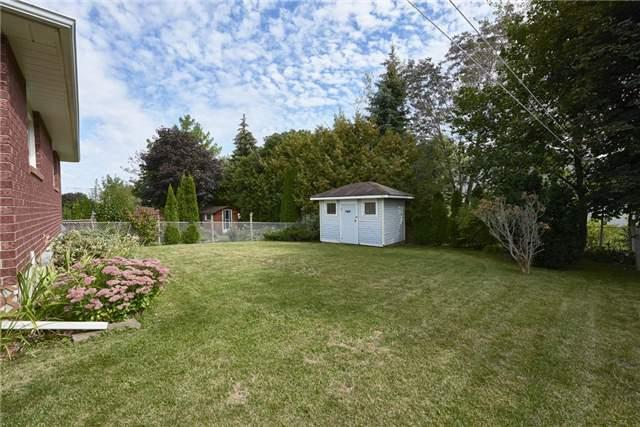 Detached at 1095 Westmount Ave, Innisfil, Ontario. Image 11
