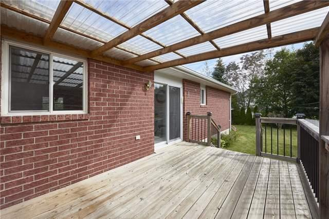 Detached at 1095 Westmount Ave, Innisfil, Ontario. Image 13