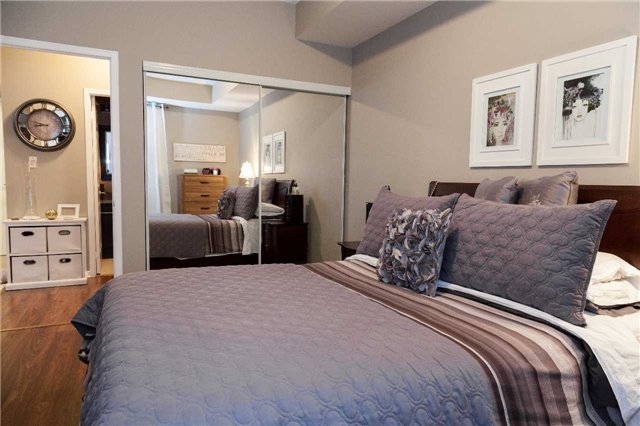 Condo With Common Elements at 9471 Jane St, Unit 111, Vaughan, Ontario. Image 7