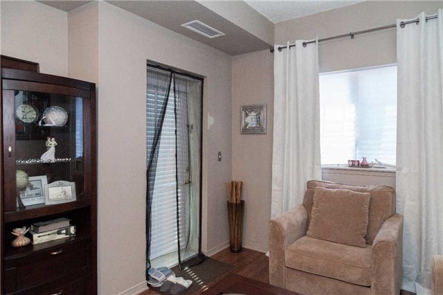 Condo With Common Elements at 9471 Jane St, Unit 111, Vaughan, Ontario. Image 12