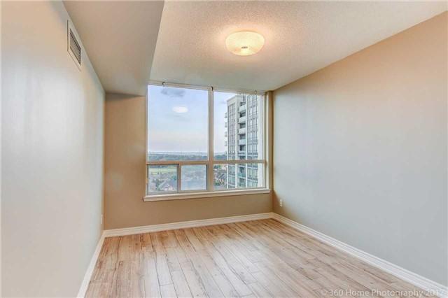 Condo Apartment at 50 Disera Dr, Unit 1209, Vaughan, Ontario. Image 2