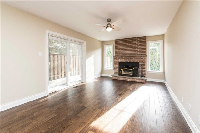 Detached at 185 Stegman Rd, East Gwillimbury, Ontario. Image 17