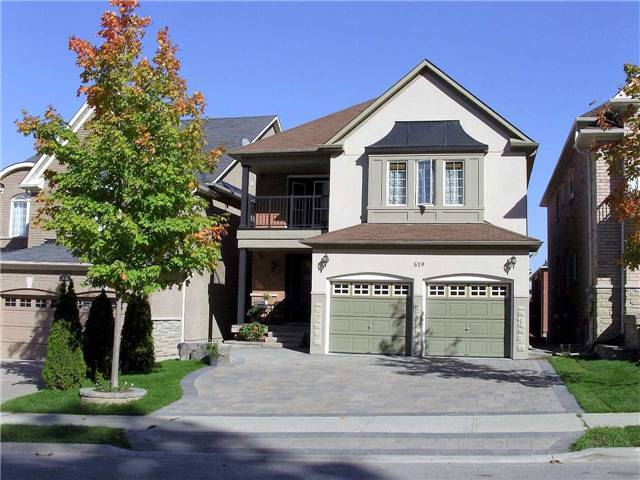 Detached at 519 Thornhill Woods Dr, Vaughan, Ontario. Image 1
