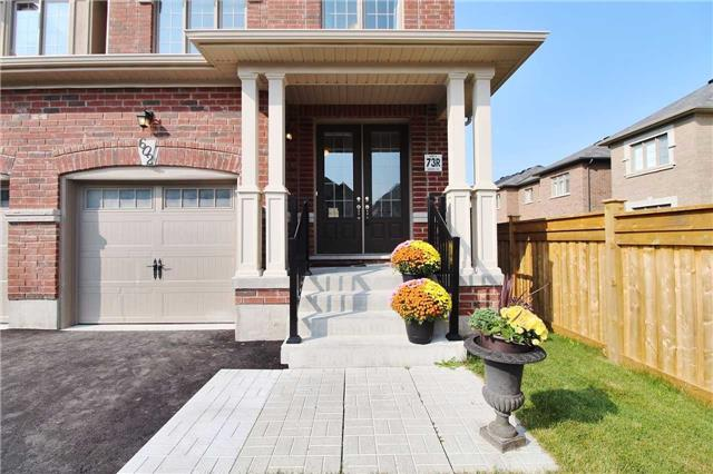 Semi-detached at 602 Sweetwater Cres, Newmarket, Ontario. Image 12