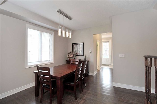 Semi-detached at 602 Sweetwater Cres, Newmarket, Ontario. Image 14
