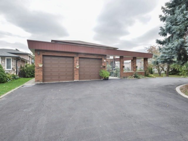 Detached at 119 Hawman Ave, Vaughan, Ontario. Image 1