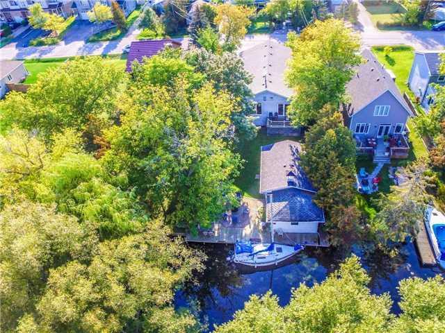 Detached at 17 Robert St, Georgina, Ontario. Image 10