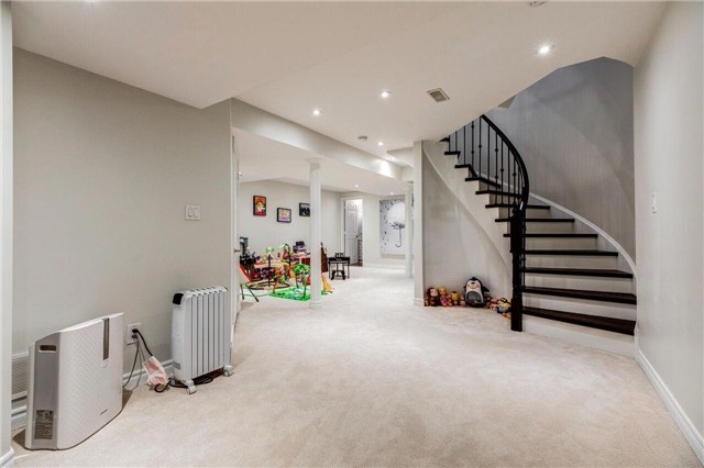 Link at 280 Paradelle Dr, Unit 50, Richmond Hill, Ontario. Image 8