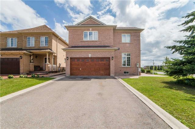 Detached at 1 Sheshi Dr, Vaughan, Ontario. Image 12
