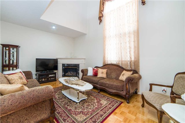 Detached at 1 Sheshi Dr, Vaughan, Ontario. Image 17