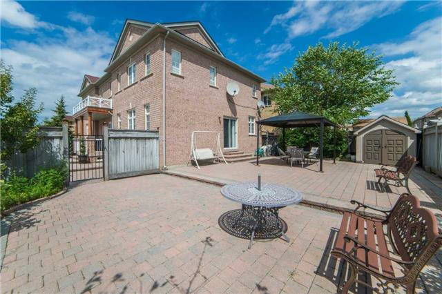 Detached at 1 Sheshi Dr, Vaughan, Ontario. Image 11
