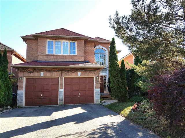 Detached at 100 Owl Ridge Dr, Richmond Hill, Ontario. Image 1
