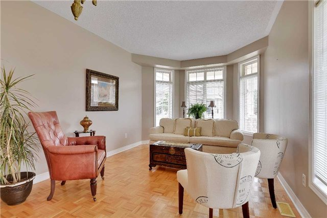 Detached at 22 Plover Hts, Vaughan, Ontario. Image 15