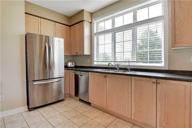 Detached at 22 Plover Hts, Vaughan, Ontario. Image 16