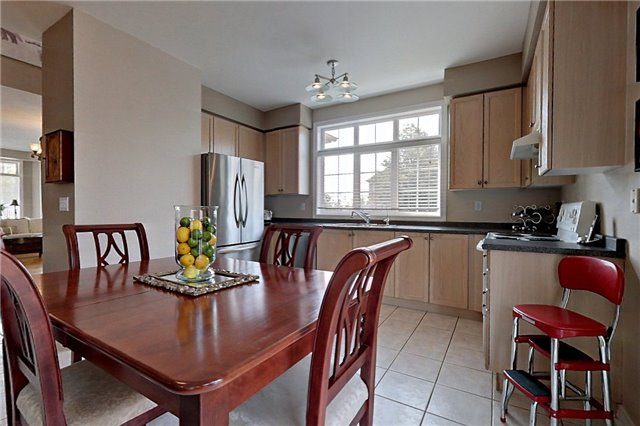 Detached at 22 Plover Hts, Vaughan, Ontario. Image 17
