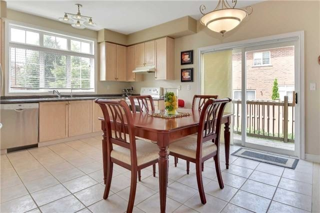 Detached at 22 Plover Hts, Vaughan, Ontario. Image 19