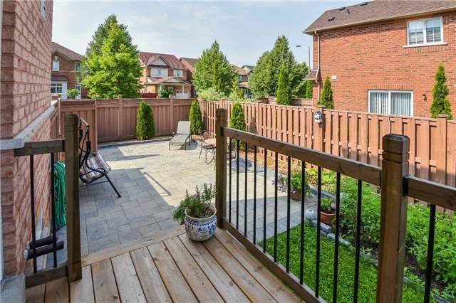 Detached at 22 Plover Hts, Vaughan, Ontario. Image 10