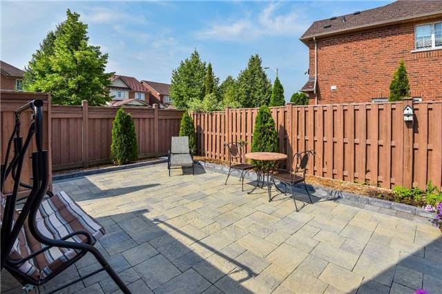 Detached at 22 Plover Hts, Vaughan, Ontario. Image 11