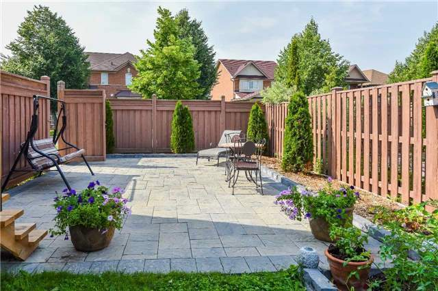 Detached at 22 Plover Hts, Vaughan, Ontario. Image 13