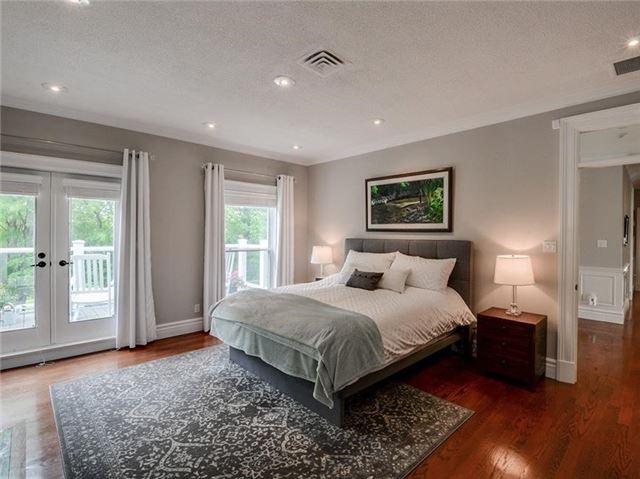 Detached at 4560 Elgin Mills Rd E, Markham, Ontario. Image 5