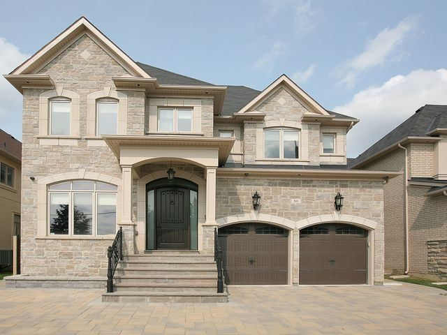 Detached at 80 Puccini Dr, Richmond Hill, Ontario. Image 1