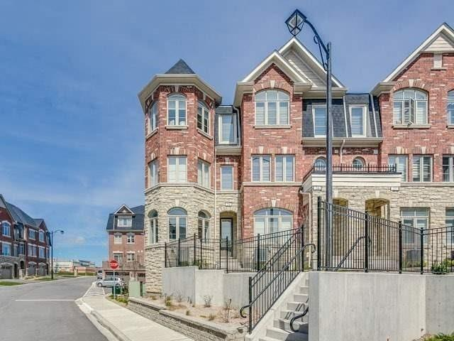 Condo Townhouse at 1331 Major Mackenzie Dr, Unit 25, Vaughan, Ontario. Image 1