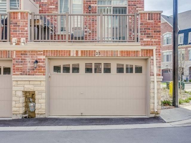 Condo Townhouse at 1331 Major Mackenzie Dr, Unit 25, Vaughan, Ontario. Image 13