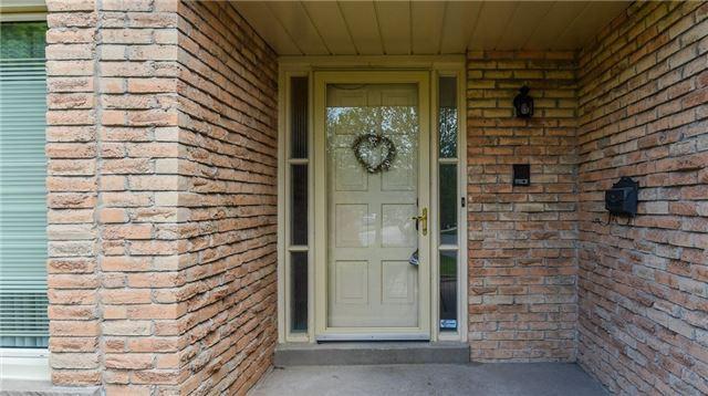 Detached at 15 Barker Crt, Markham, Ontario. Image 12