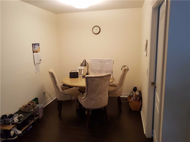 Condo Apartment at 50 Disera Dr, Unit 1102, Vaughan, Ontario. Image 6