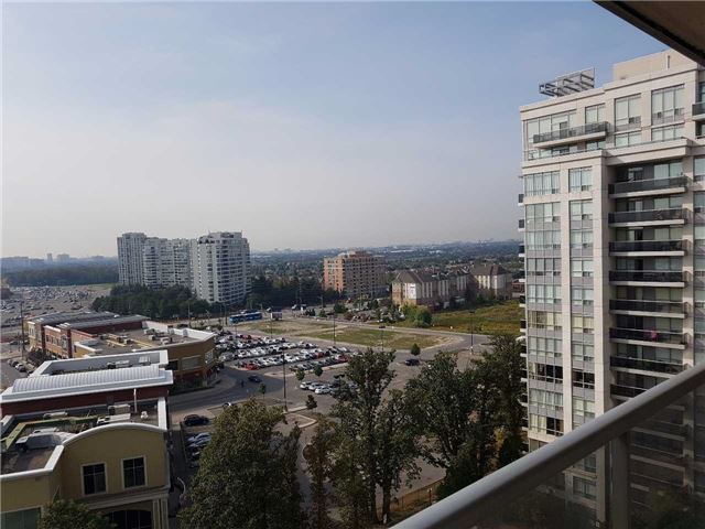 Condo Apartment at 50 Disera Dr, Unit 1102, Vaughan, Ontario. Image 11