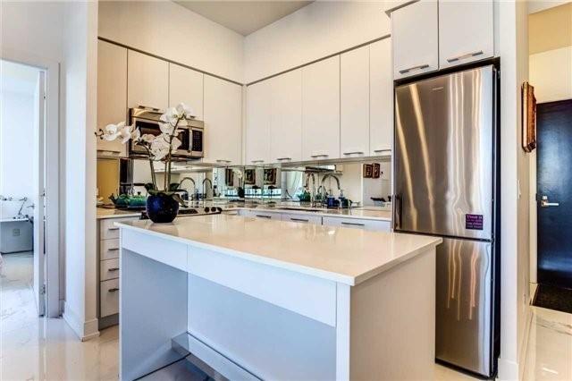 Condo Apartment at 9471 Yonge St, Unit 727, Richmond Hill, Ontario. Image 12