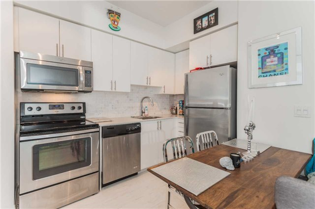 Condo Apartment at 85 North Park Rd, Unit 303, Vaughan, Ontario. Image 12