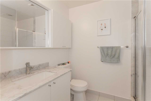 Condo Apartment at 85 North Park Rd, Unit 303, Vaughan, Ontario. Image 2