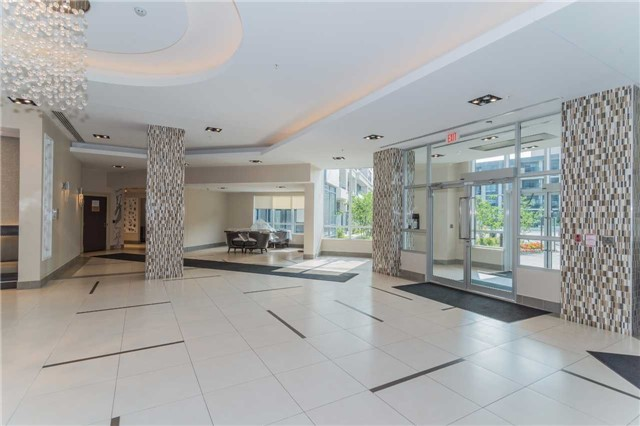 Condo Apartment at 85 North Park Rd, Unit 303, Vaughan, Ontario. Image 4