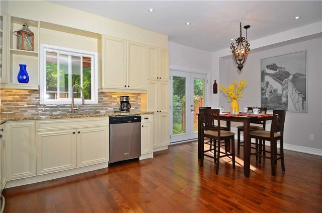 Detached at 65 English Oak Dr, Richmond Hill, Ontario. Image 19