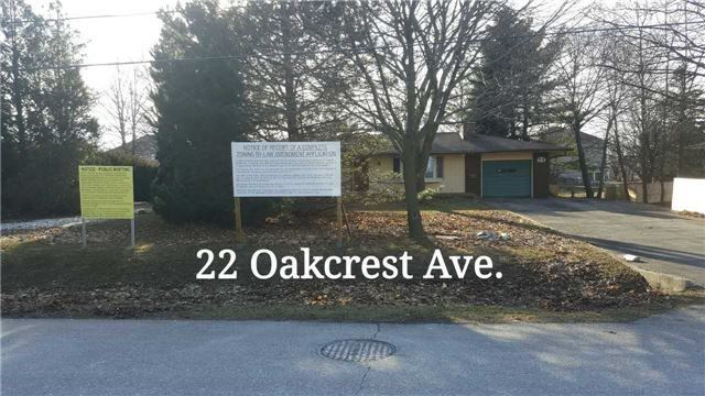 Detached at 22(A,B) Oakcrest Ave, Markham, Ontario. Image 3