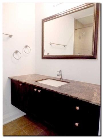 Condo Apartment at 24 Woodstream Blvd, Unit 312, Vaughan, Ontario. Image 4