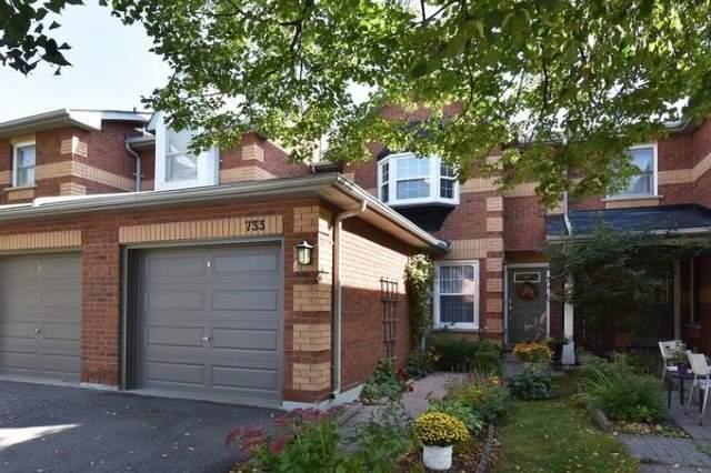Condo Townhouse at 733 Caradonna Cres, Newmarket, Ontario. Image 1