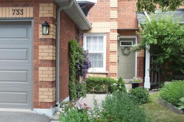 Condo Townhouse at 733 Caradonna Cres, Newmarket, Ontario. Image 12