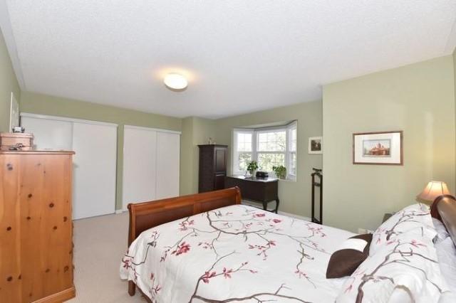 Condo Townhouse at 733 Caradonna Cres, Newmarket, Ontario. Image 6