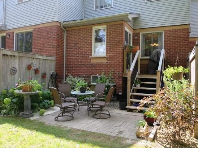 Condo Townhouse at 733 Caradonna Cres, Newmarket, Ontario. Image 13