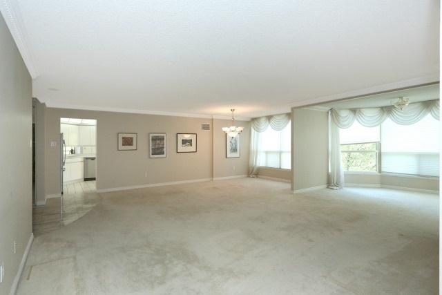 Condo Apartment at 7300 Yonge St, Unit 202, Vaughan, Ontario. Image 13
