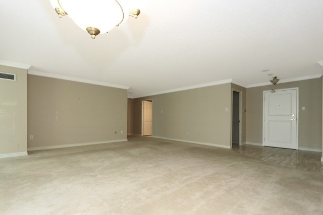 Condo Apartment at 7300 Yonge St, Unit 202, Vaughan, Ontario. Image 15