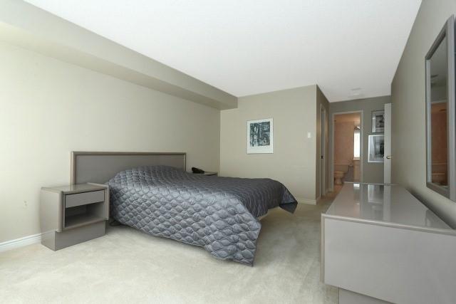 Condo Apartment at 7300 Yonge St, Unit 202, Vaughan, Ontario. Image 19