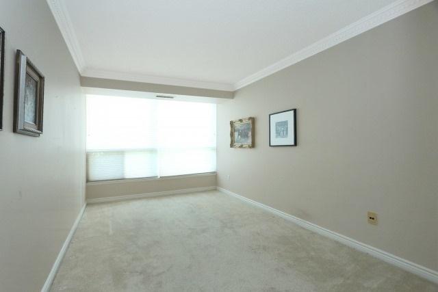 Condo Apartment at 7300 Yonge St, Unit 202, Vaughan, Ontario. Image 3