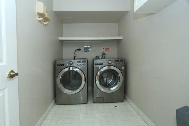 Condo Apartment at 7300 Yonge St, Unit 202, Vaughan, Ontario. Image 6