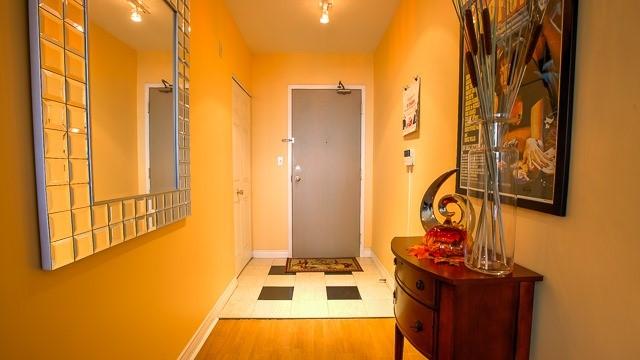 Condo Apartment at 2100 John St, Unit 516, Markham, Ontario. Image 3