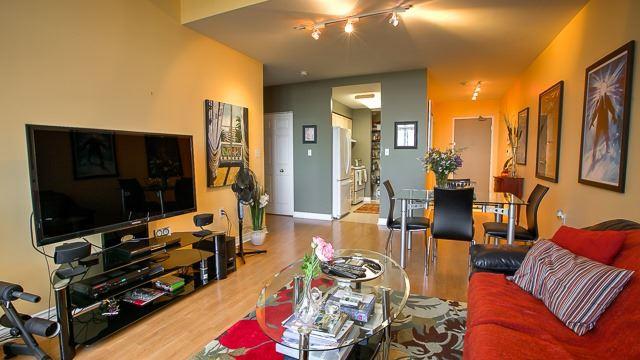 Condo Apartment at 2100 John St, Unit 516, Markham, Ontario. Image 6