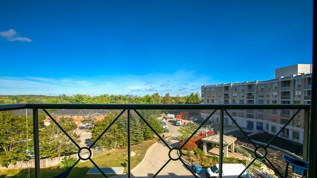 Condo Apartment at 2100 John St, Unit 516, Markham, Ontario. Image 10